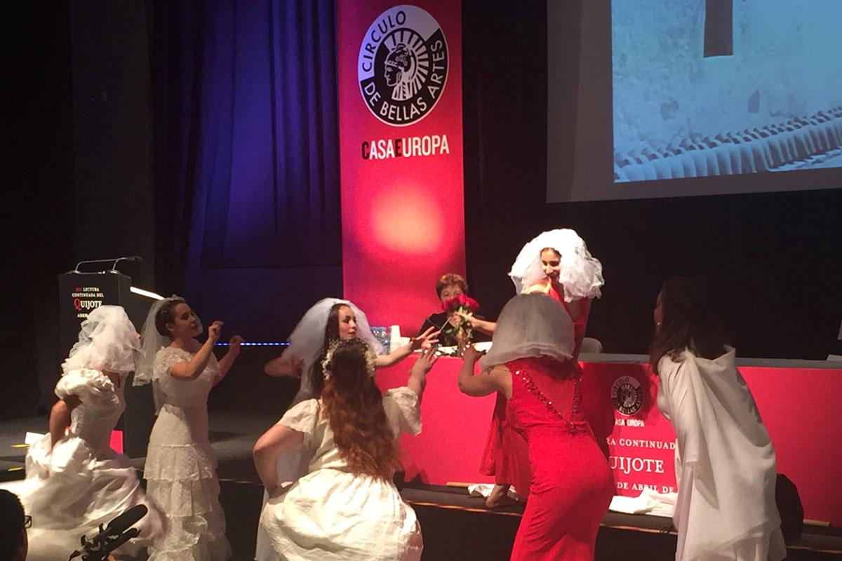 El Instituto Universitario de Danza Alicia Alonso de la URJC participa en la lectura continuada de 'El Quijote' en el Círculo de Bellas Artes