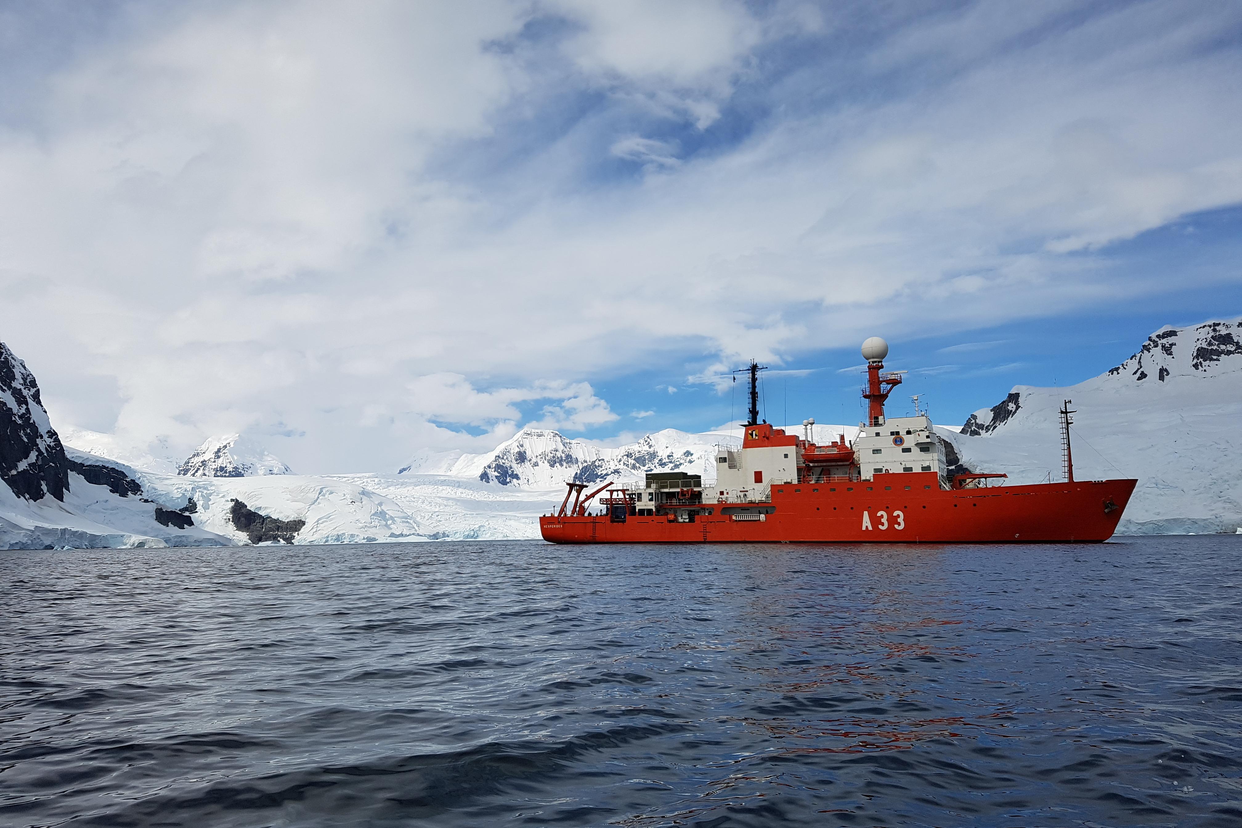 La URJC lidera una investigación en la Antártida