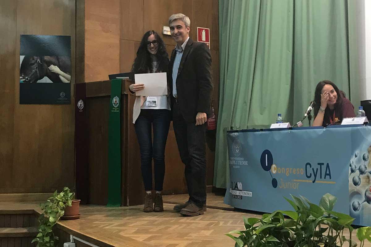 Una alumna graduada en Ciencia y Tecnología de los Alimentos por la URJC gana el premio al mejor póster en el I Congreso Nacional Junior CyTA