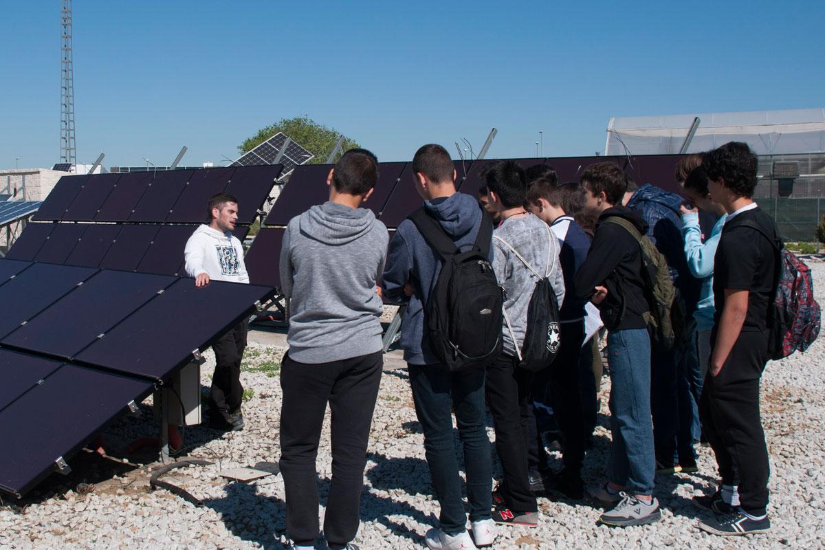 Más de 100 estudiantes de 4º de ESO conocen de cerca la oferta de la URJC